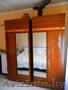 Шкаф платяной и письменный стол